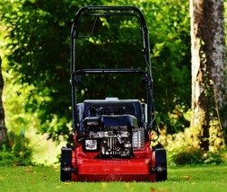 lawn-mower-1593924_1920-tiny